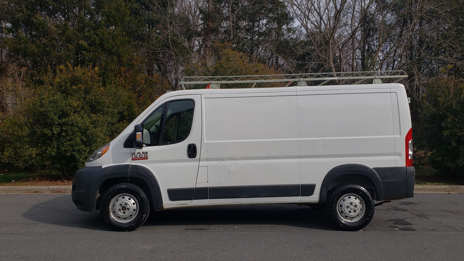 Used 2016 Ram PROMASTER CARGO VAN 136 WB / LOW ROOF / 3.6L V6 / 6-SPD AUTO / REARVIEW for sale $17,500 at Formula Imports in Charlotte NC 28227 2
