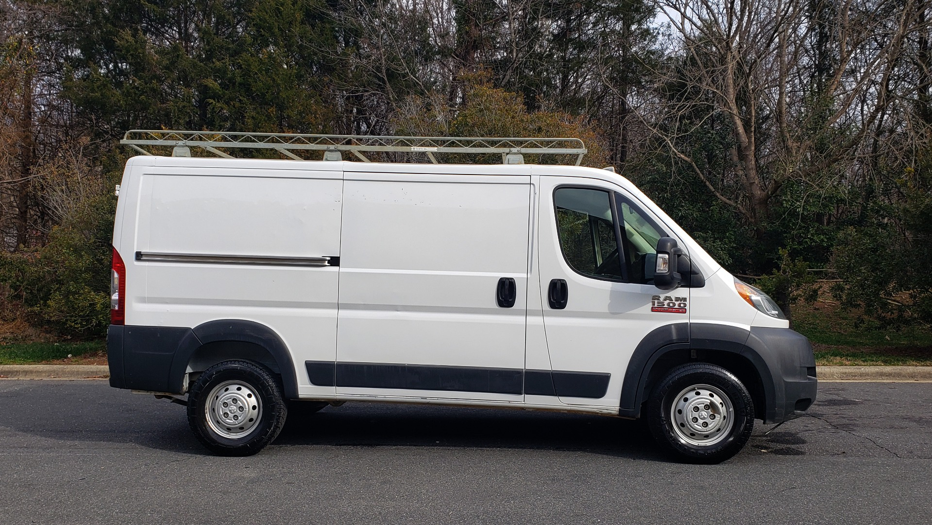 Used 2016 Ram PROMASTER CARGO VAN 136 WB / LOW ROOF / 3.6L V6 / 6-SPD AUTO / REARVIEW for sale $17,500 at Formula Imports in Charlotte NC 28227 4