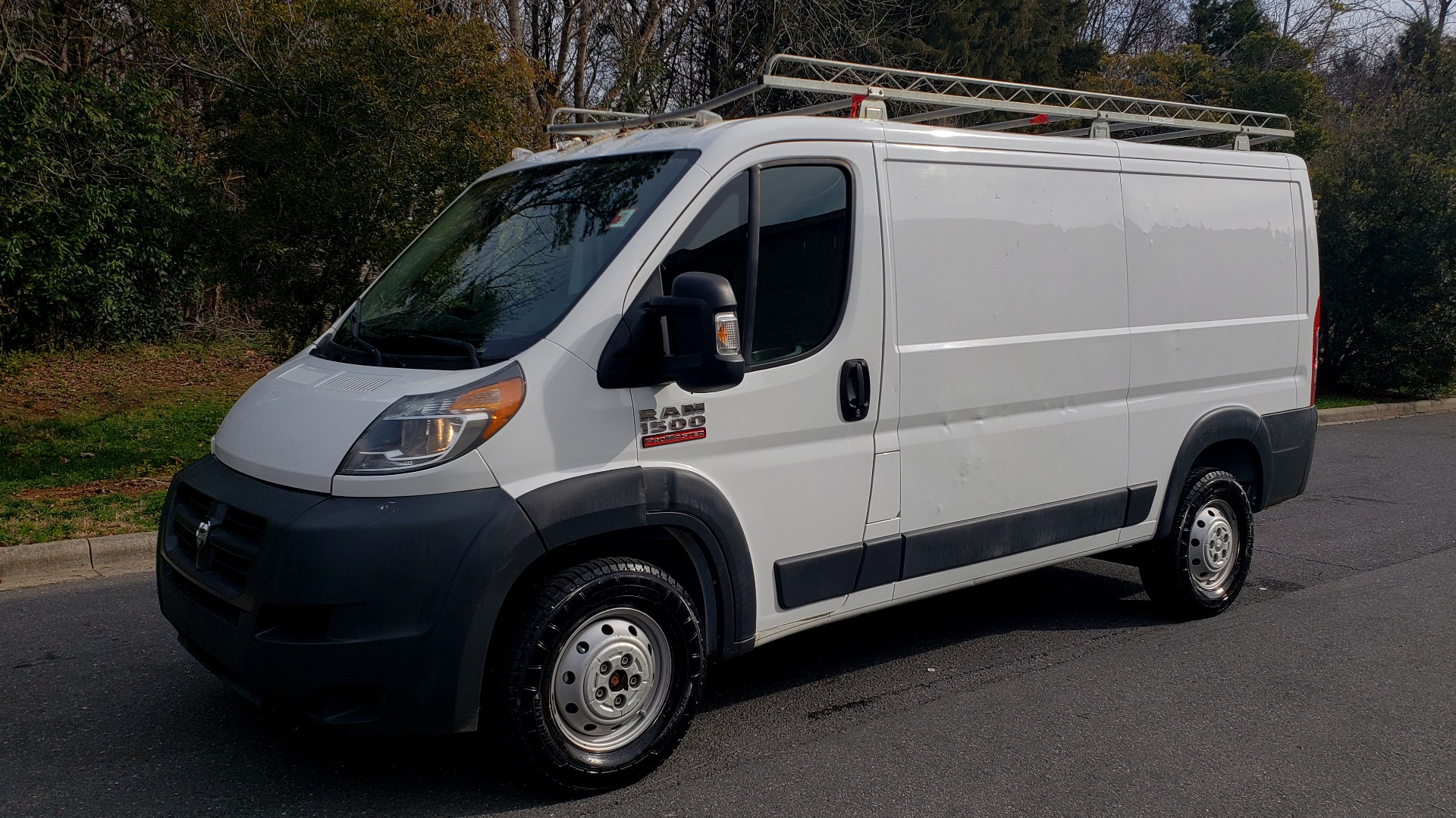 Used 2016 Ram PROMASTER CARGO VAN 136 WB / LOW ROOF / 3.6L V6 / 6-SPD AUTO / REARVIEW for sale $17,500 at Formula Imports in Charlotte NC 28227 1