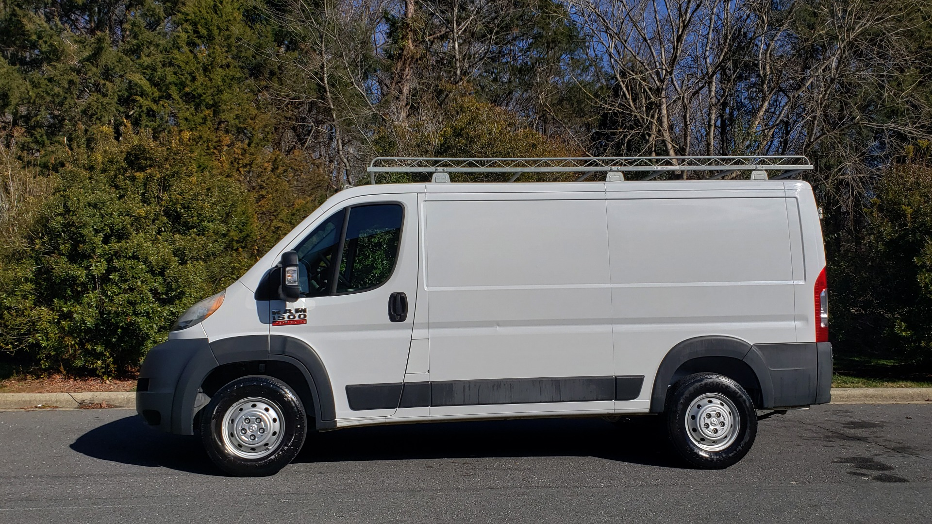 Used 2016 Ram PROMASTER CARGO VAN 136 WB / LOW ROOF / 3.6L V6 / 6-SPD AUTO / REARVIEW for sale $21,000 at Formula Imports in Charlotte NC 28227 2