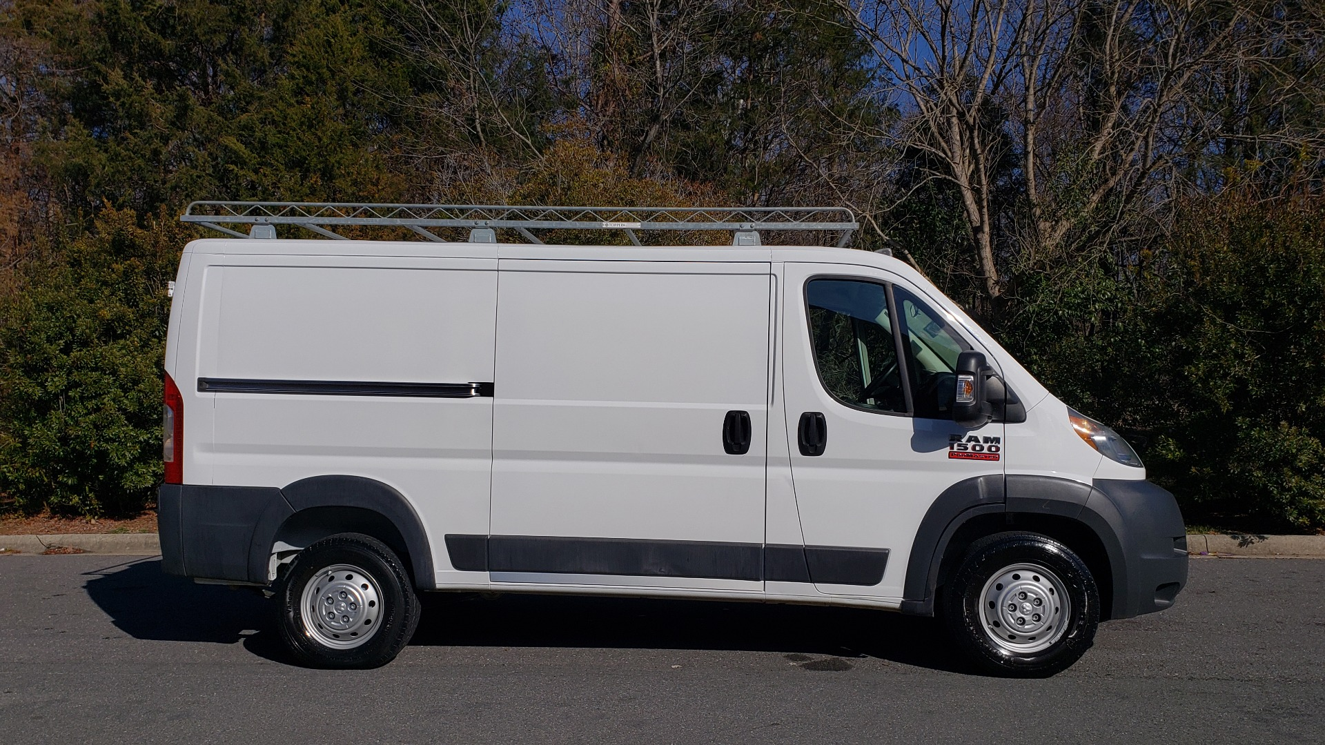 Used 2016 Ram PROMASTER CARGO VAN 136 WB / LOW ROOF / 3.6L V6 / 6-SPD AUTO / REARVIEW for sale $21,000 at Formula Imports in Charlotte NC 28227 5