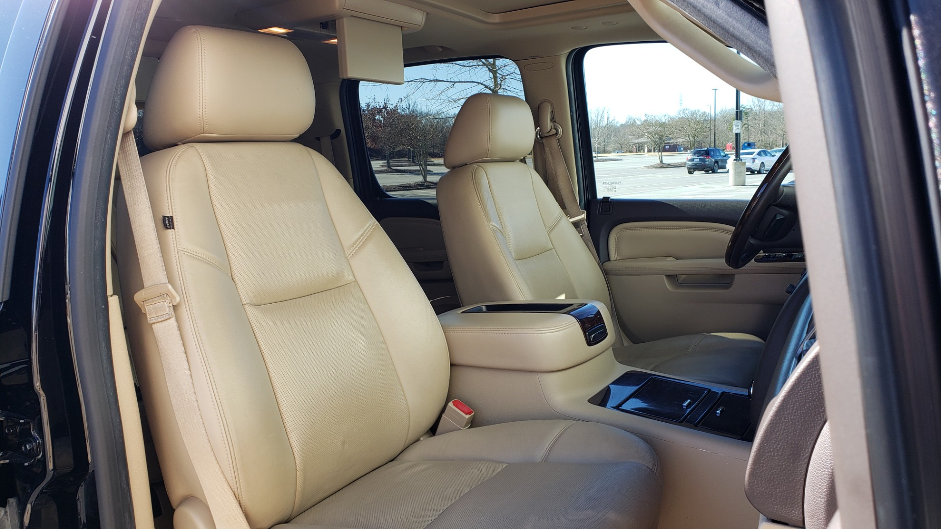 Used 2013 GMC YUKON XL DENALI / AWD / NAV / SUNROOF / 3-ROW / ENTERTAINMENT for sale Sold at Formula Imports in Charlotte NC 28227 66