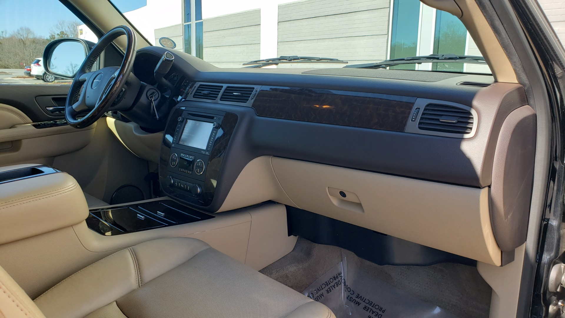 Used 2013 GMC YUKON XL DENALI / AWD / NAV / SUNROOF / 3-ROW / ENTERTAINMENT for sale Sold at Formula Imports in Charlotte NC 28227 67