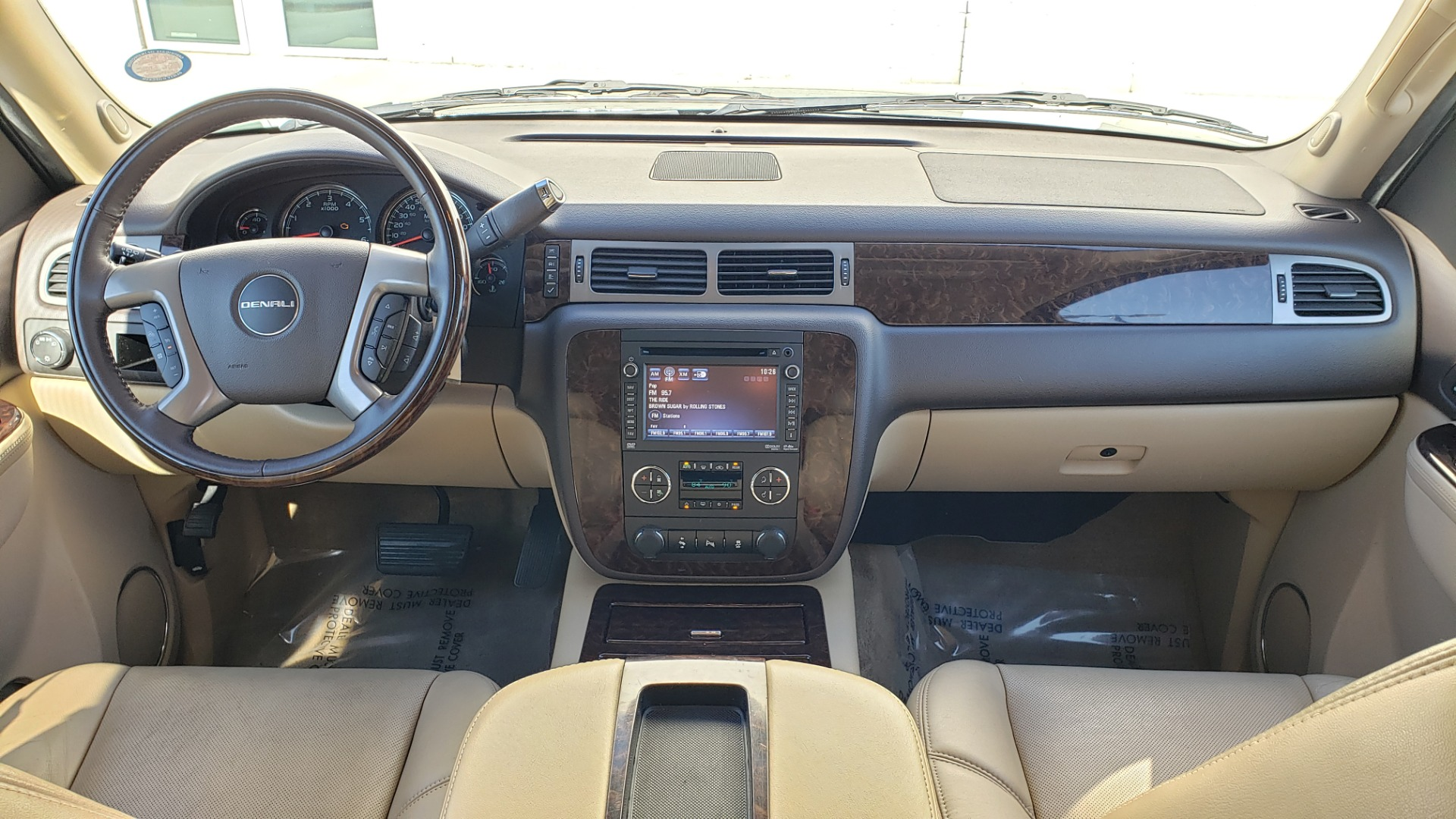 Used 2013 GMC YUKON XL DENALI / AWD / NAV / SUNROOF / 3-ROW / ENTERTAINMENT for sale Sold at Formula Imports in Charlotte NC 28227 77