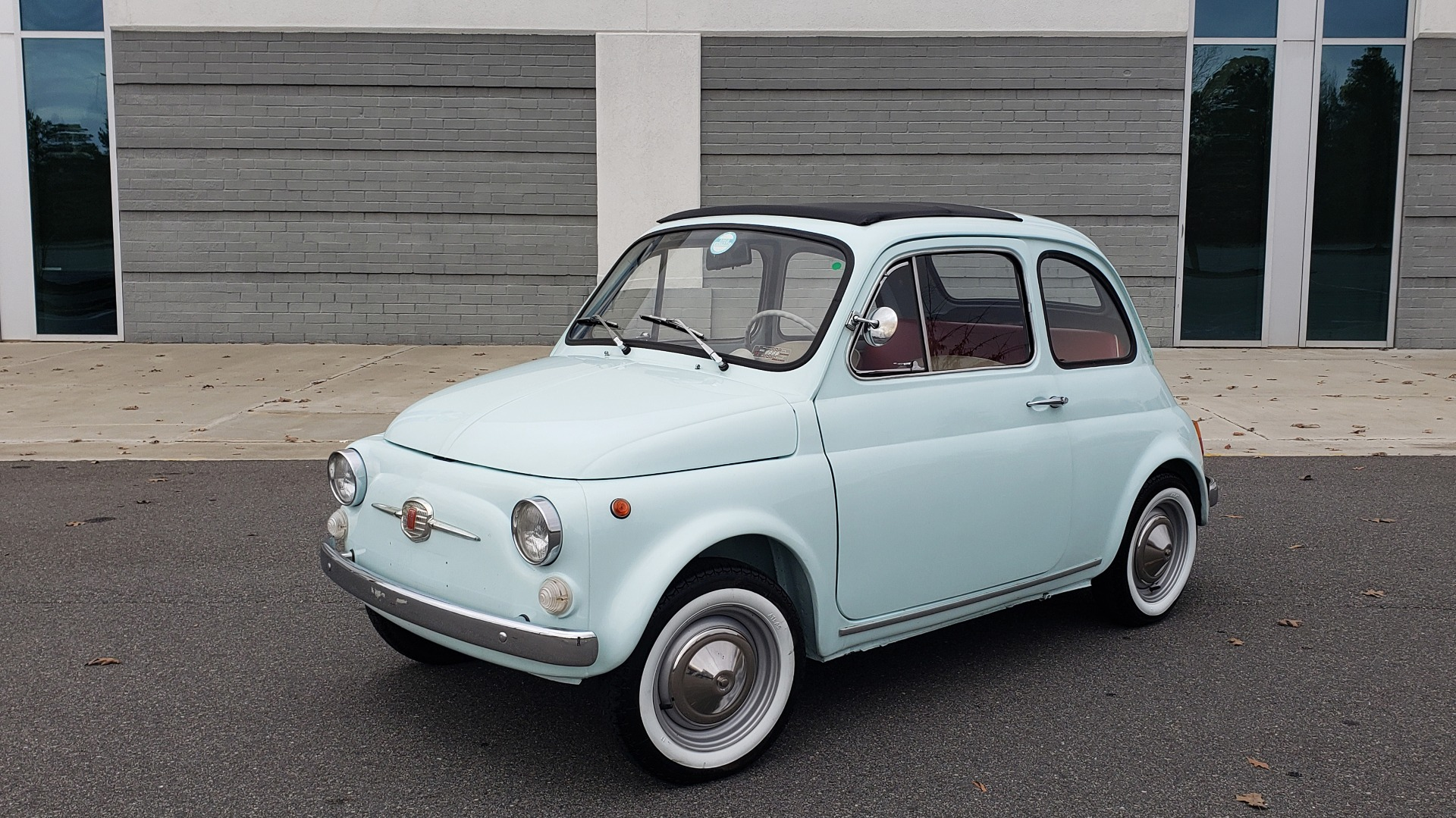 Used 1968 FIAT 500 NUOVA / SOFT-TOP / LUGGAGE RACK / RESTORED, LIKE NEW for sale $21,900 at Formula Imports in Charlotte NC 28227 11