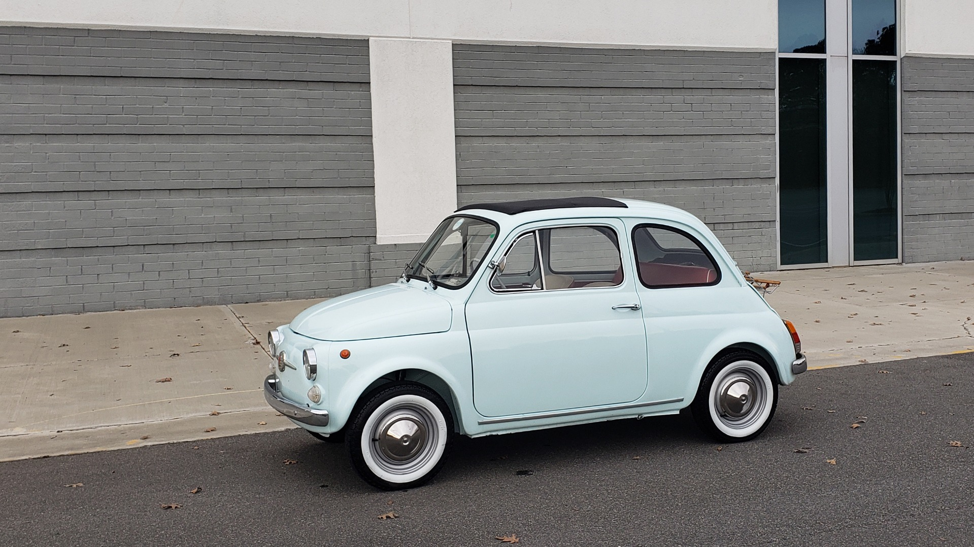 Used 1968 FIAT 500 NUOVA / SOFT-TOP / LUGGAGE RACK / RESTORED, LIKE NEW for sale $21,900 at Formula Imports in Charlotte NC 28227 2