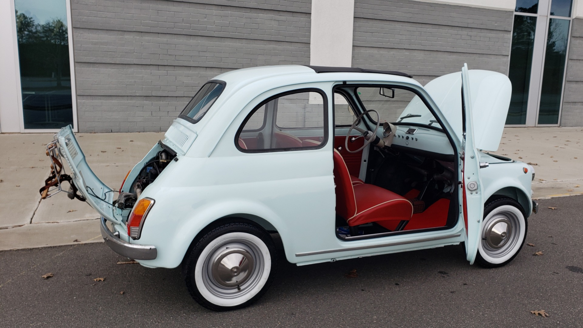 Used 1968 FIAT 500 NUOVA / SOFT-TOP / LUGGAGE RACK / RESTORED, LIKE NEW for sale $21,900 at Formula Imports in Charlotte NC 28227 21