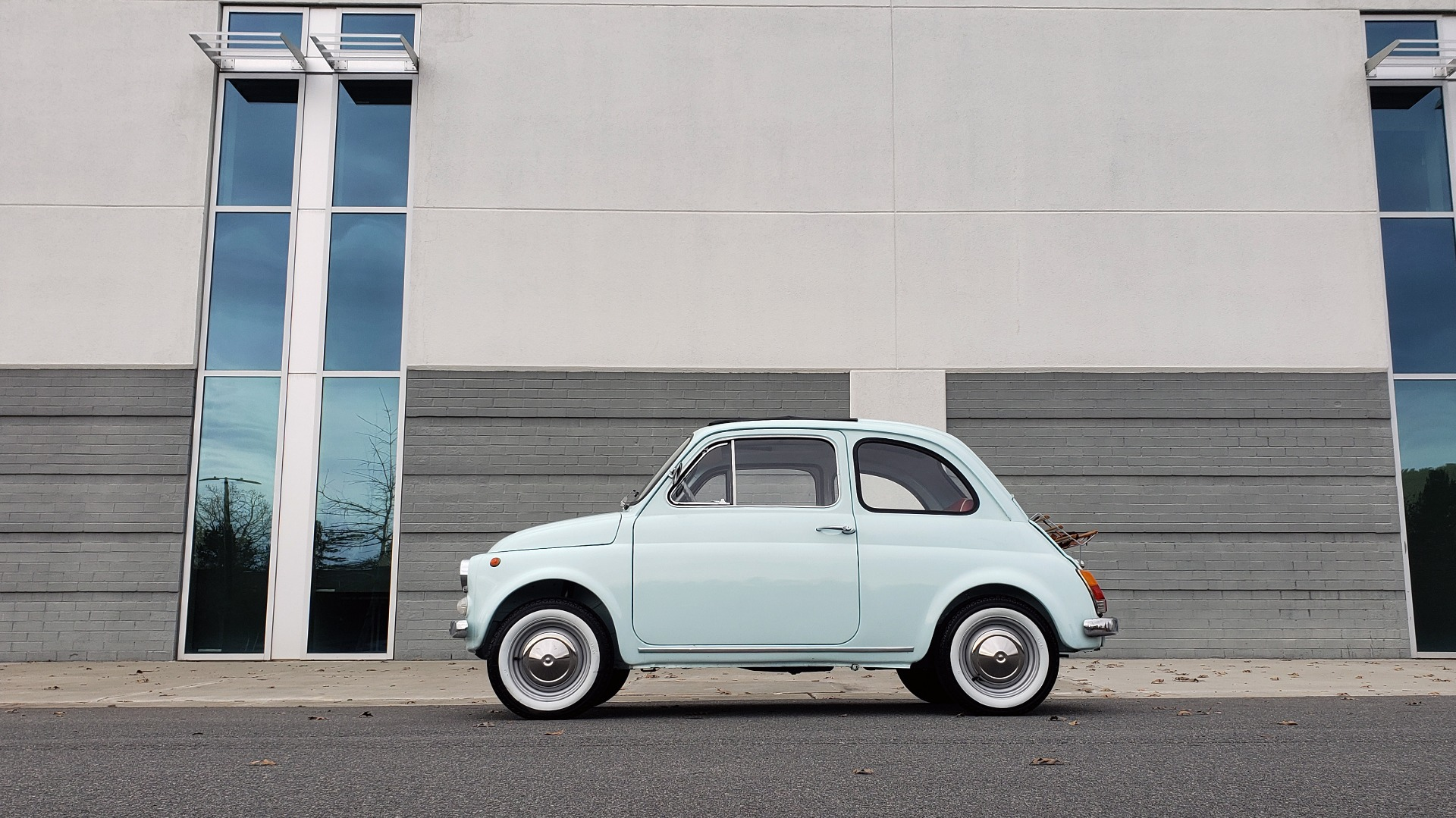 Used 1968 FIAT 500 for sale $24,900 at Formula Imports in Charlotte NC 28227 3