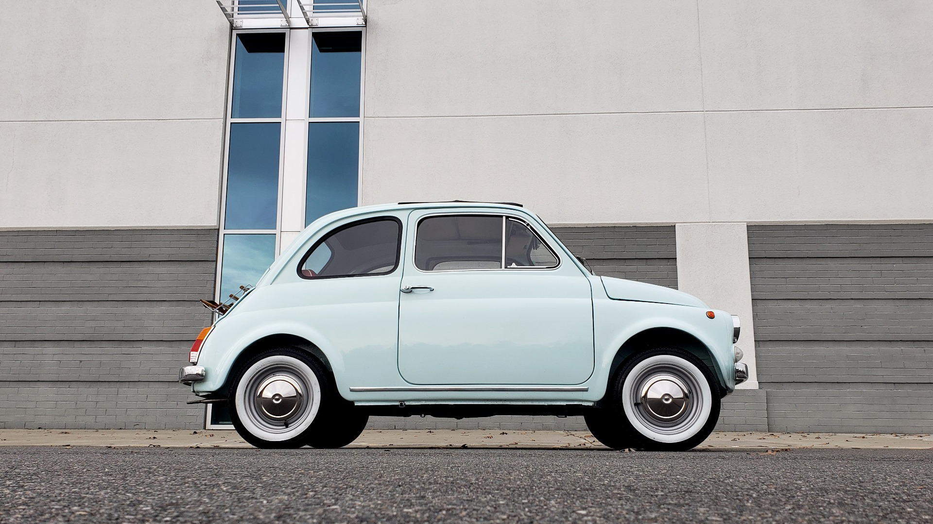 Used 1968 FIAT 500 NUOVA / SOFT-TOP / LUGGAGE RACK / RESTORED, LIKE NEW for sale $21,900 at Formula Imports in Charlotte NC 28227 7
