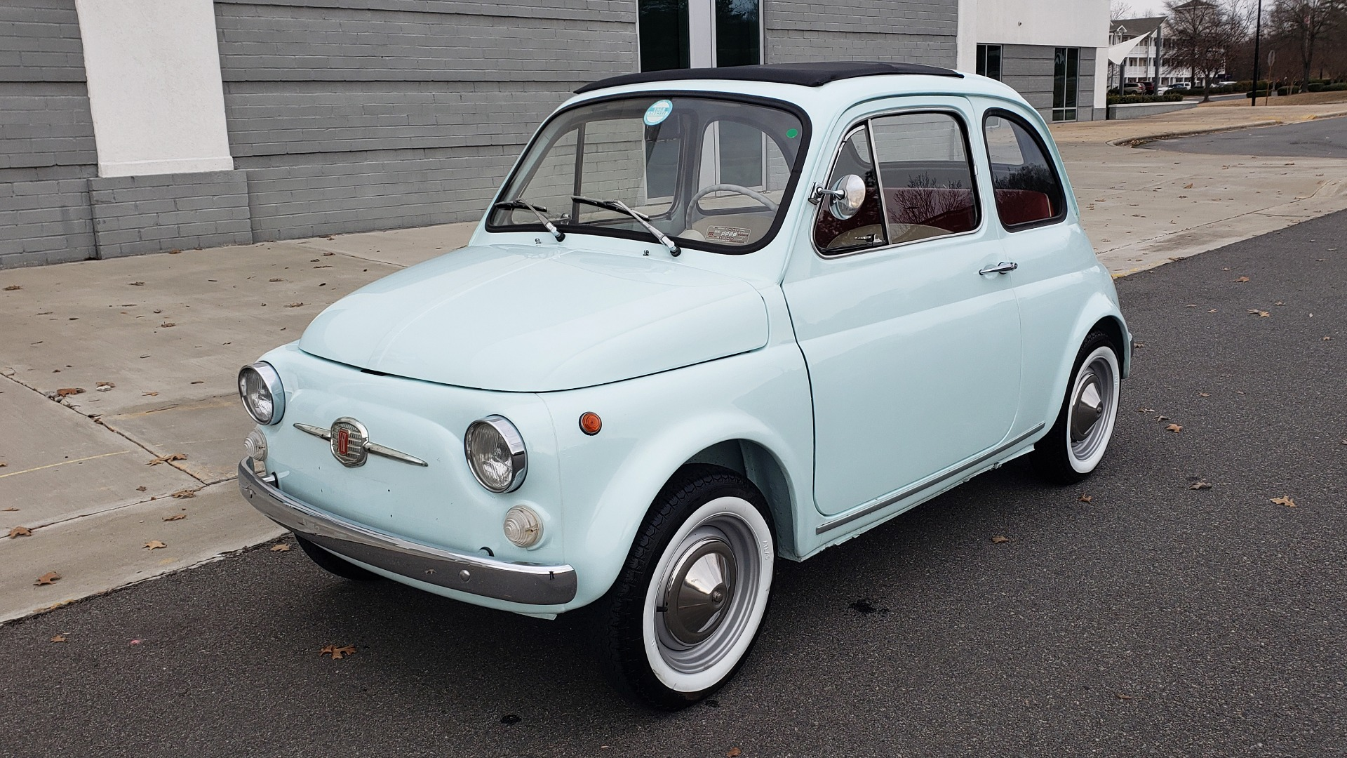 Used 1968 FIAT 500 NUOVA / SOFT-TOP / LUGGAGE RACK / RESTORED, LIKE NEW for sale $21,900 at Formula Imports in Charlotte NC 28227 1