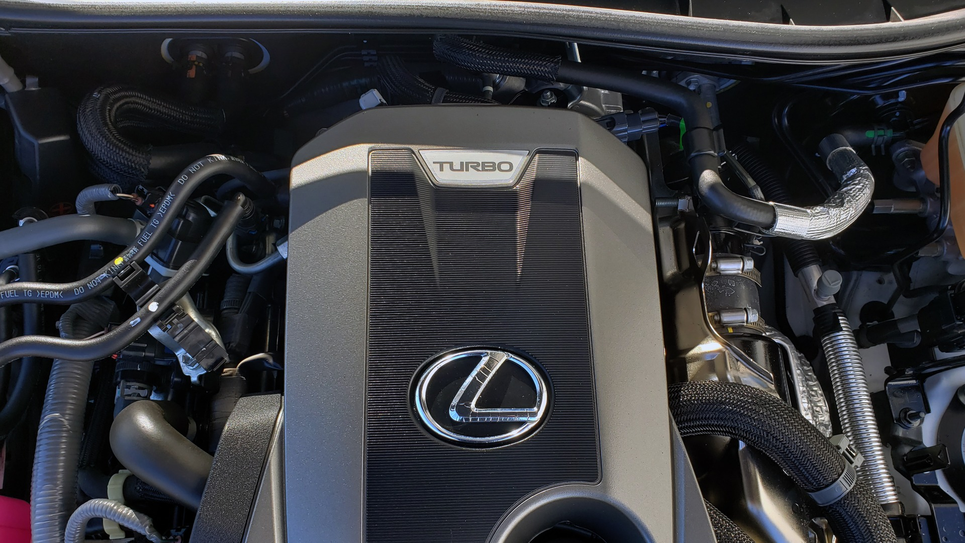 Used 2018 Lexus IS 300 F-SPORT / BSM / SUNROOF / REARVIEW / 18IN WHEELS for sale Sold at Formula Imports in Charlotte NC 28227 12