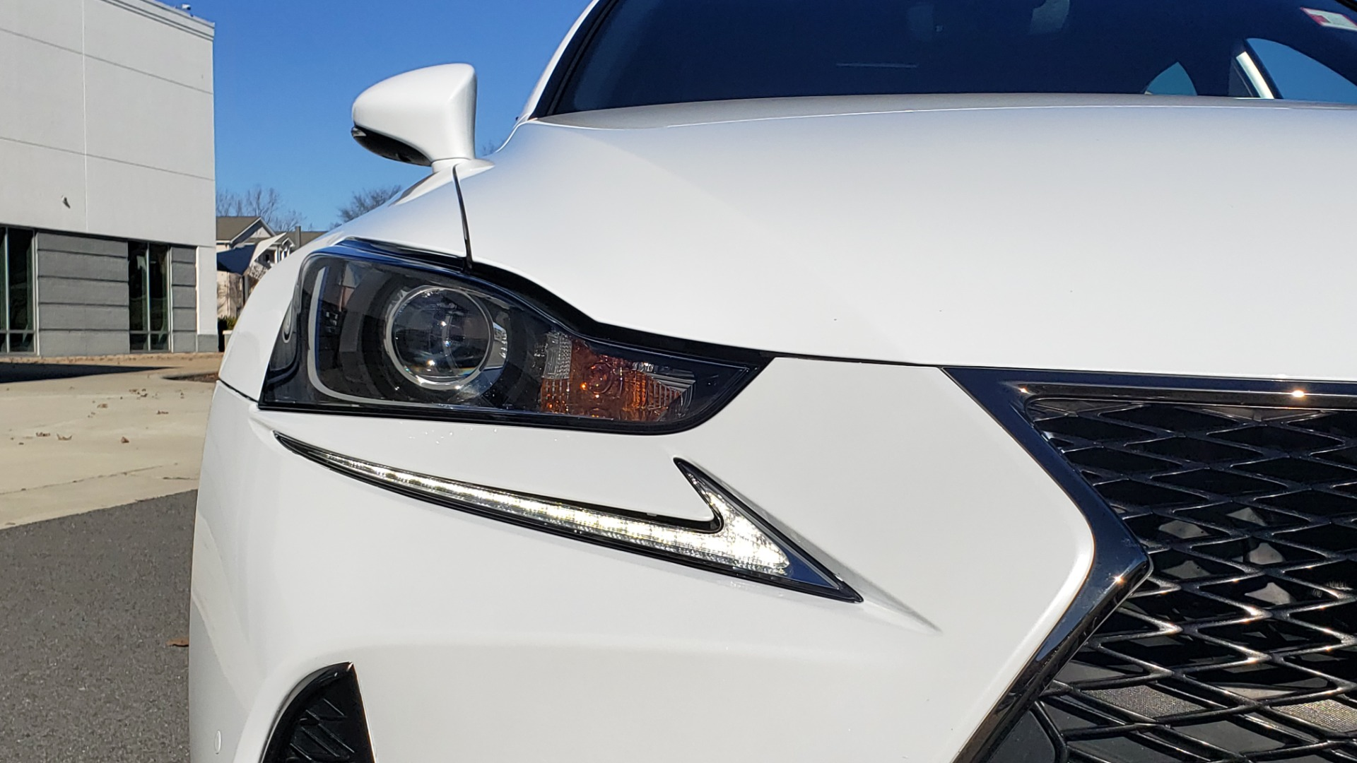 Used 2018 Lexus IS 300 F-SPORT / BSM / SUNROOF / REARVIEW / 18IN WHEELS for sale Sold at Formula Imports in Charlotte NC 28227 24