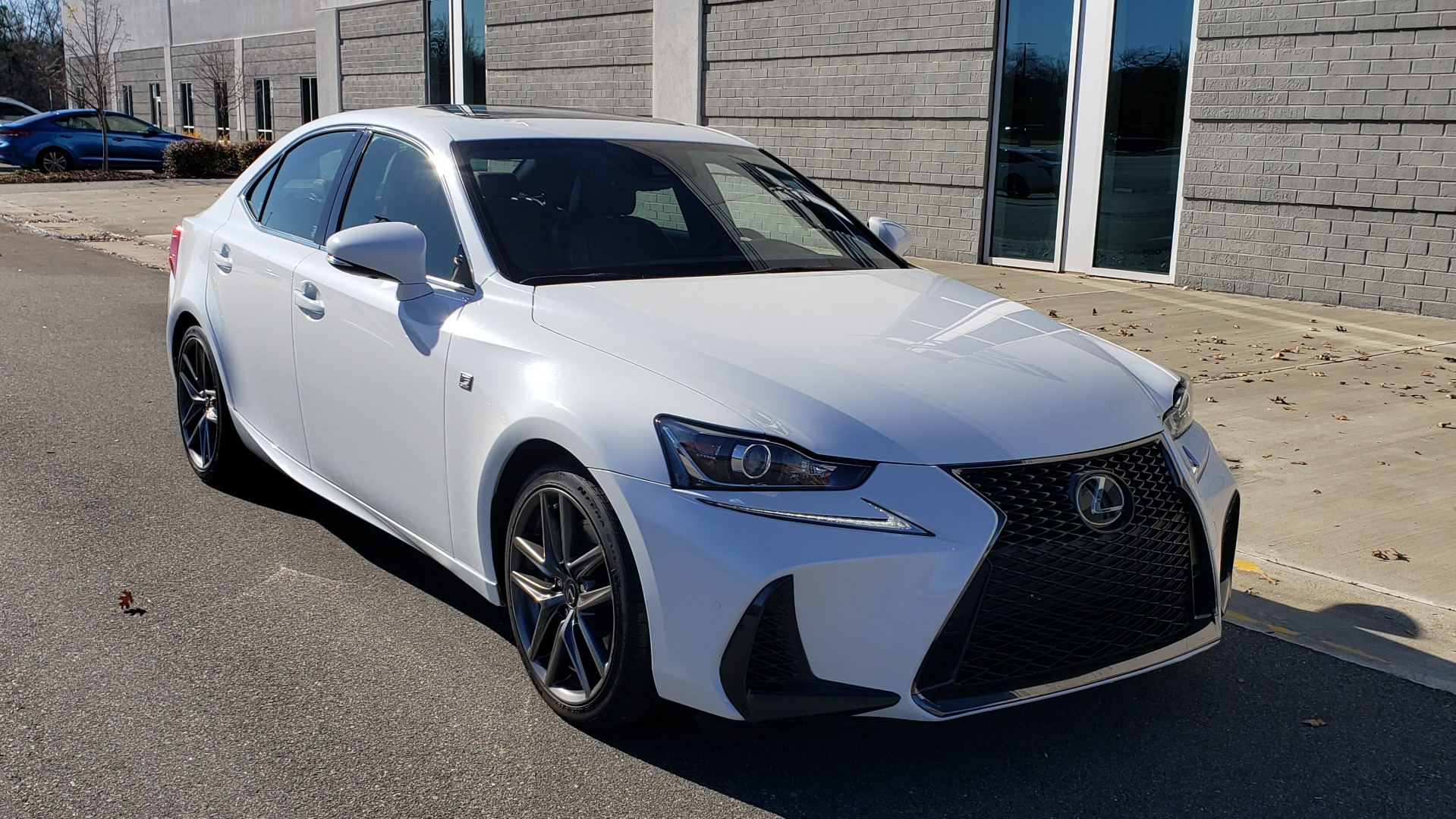Used 2018 Lexus IS 300 F-SPORT / BSM / SUNROOF / REARVIEW / 18IN WHEELS for sale Sold at Formula Imports in Charlotte NC 28227 4