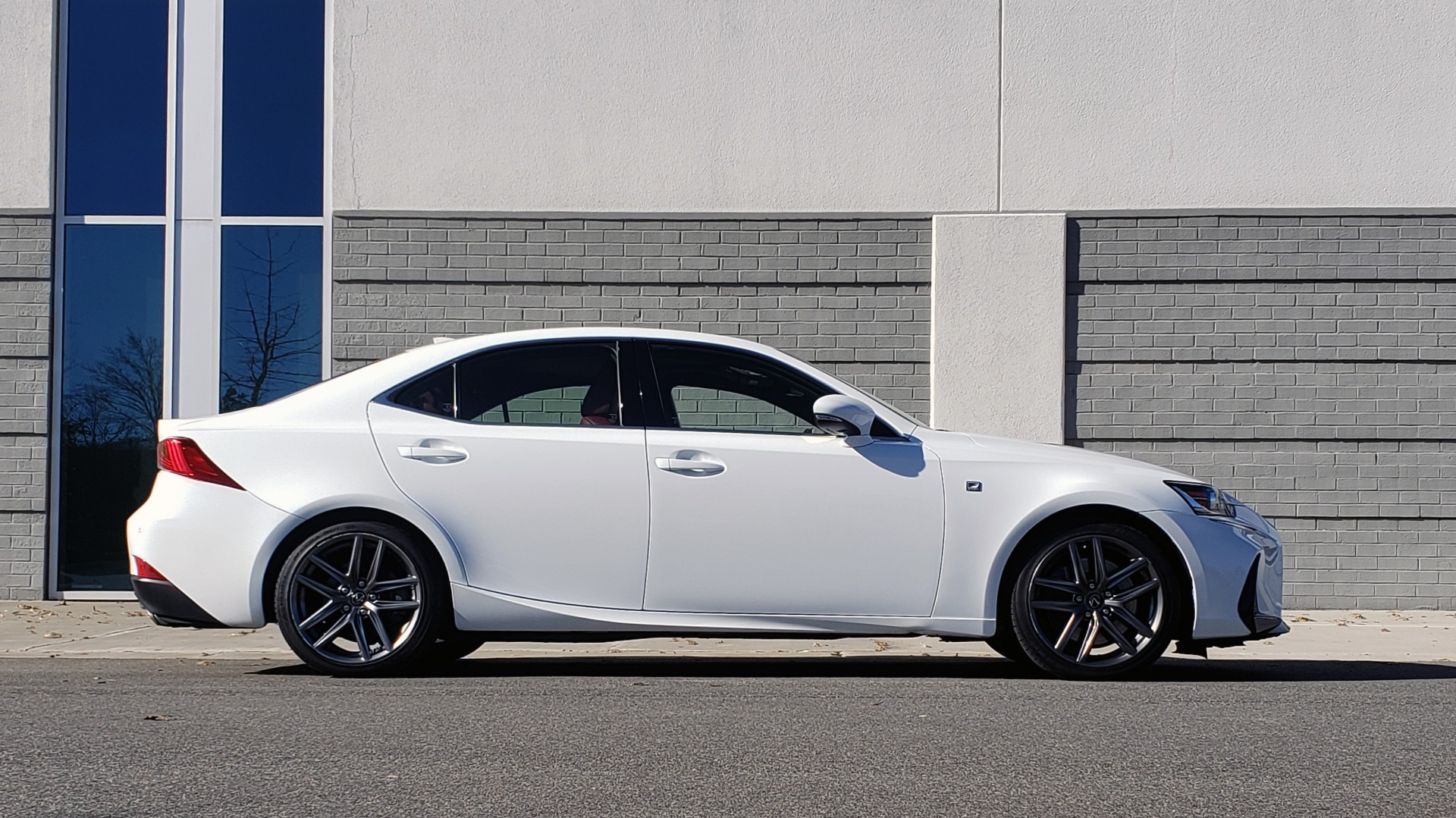 Used 2018 Lexus IS 300 F-SPORT / BSM / SUNROOF / REARVIEW / 18IN WHEELS for sale Sold at Formula Imports in Charlotte NC 28227 5