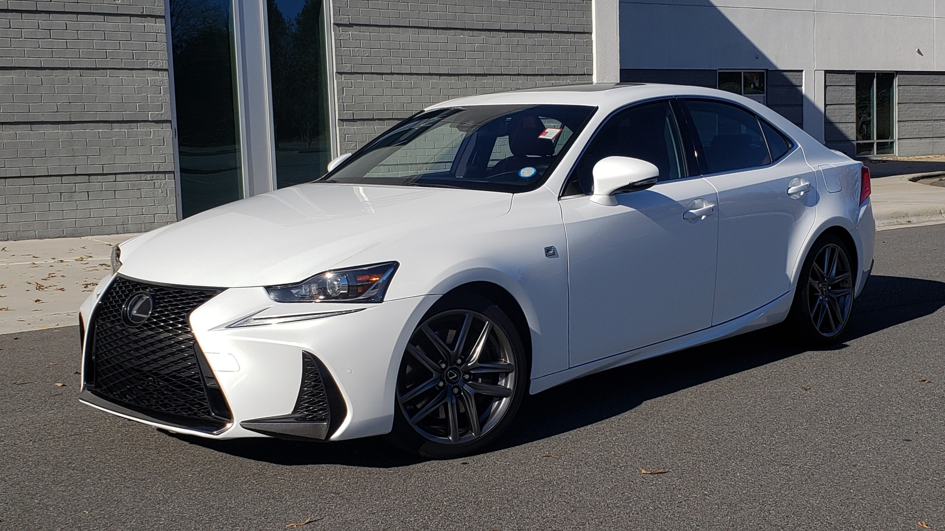 Used 2018 Lexus IS 300 F-SPORT / BSM / SUNROOF / REARVIEW / 18IN WHEELS for sale $24,995 at Formula Imports in Charlotte NC 28227 1