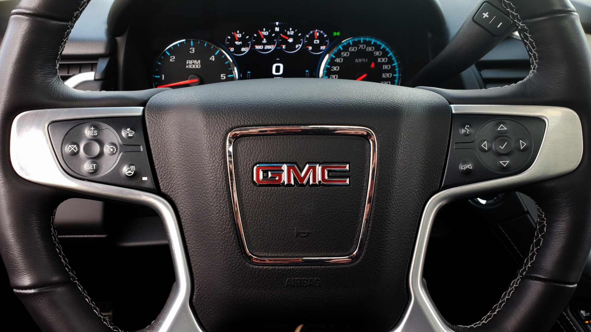 Used 2017 GMC YUKON XL SLT 4X4 / NAV / SUNROOF / BOSE / 3-ROW / REARVIEW for sale Sold at Formula Imports in Charlotte NC 28227 46