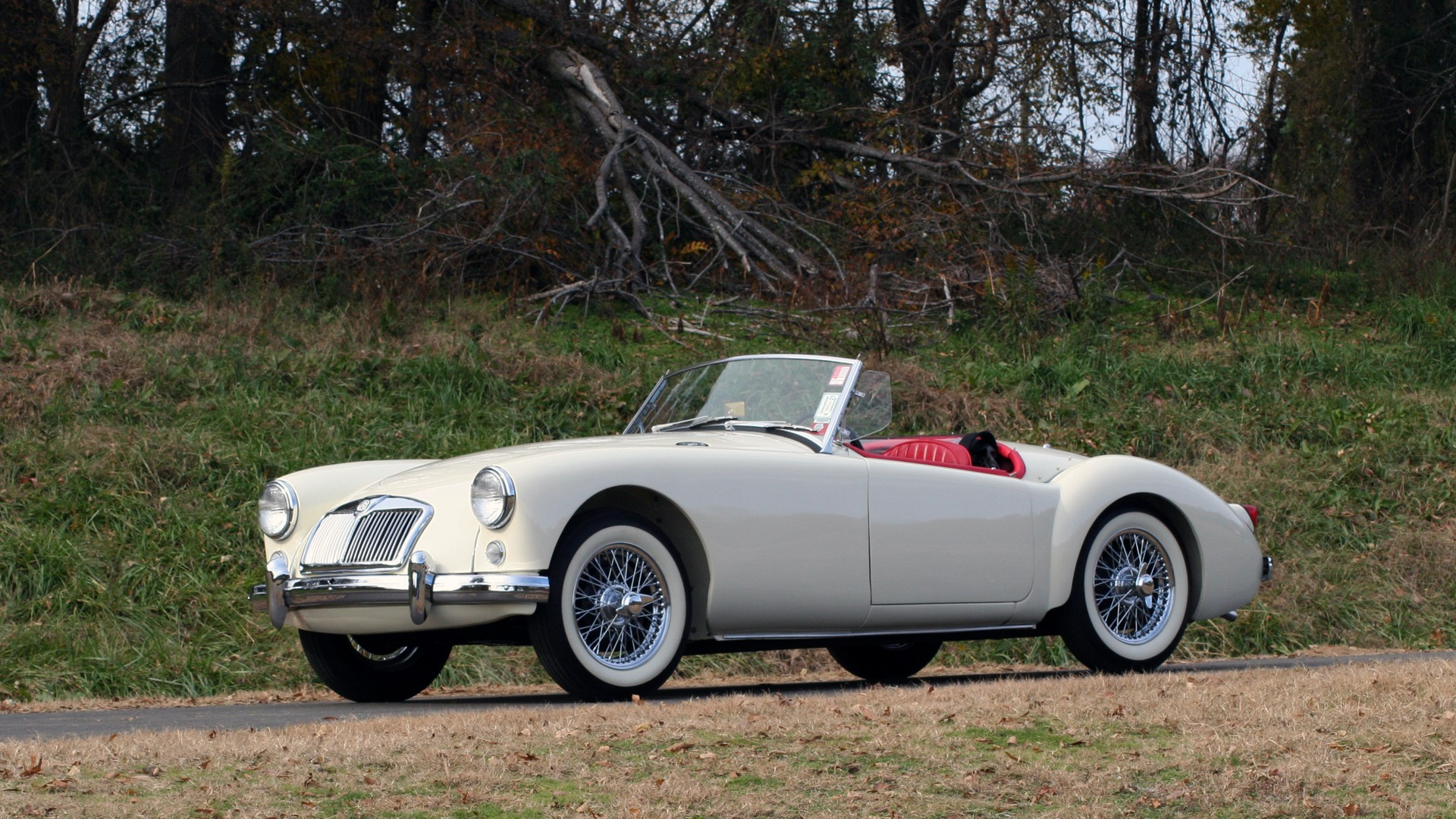Used 1956 MG A ROADSTER / 4-SPD MAN / FULLY RESTORED / ALL NEW / SHOWROOM CONDITION for sale Sold at Formula Imports in Charlotte NC 28227 4