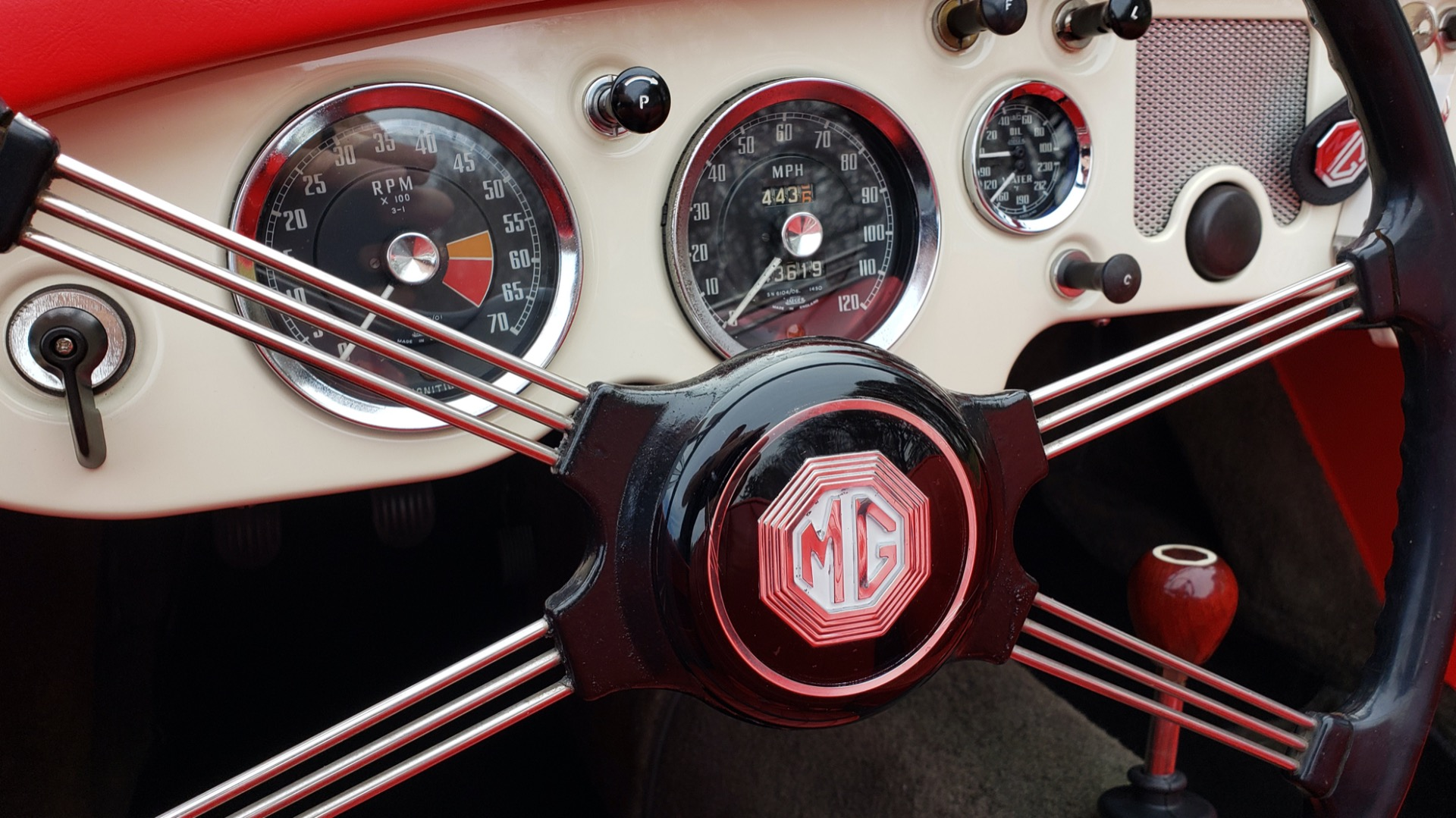 Used 1956 MG A ROADSTER / 4-SPD MAN / FULLY RESTORED / ALL NEW / SHOWROOM CONDITION for sale Sold at Formula Imports in Charlotte NC 28227 53