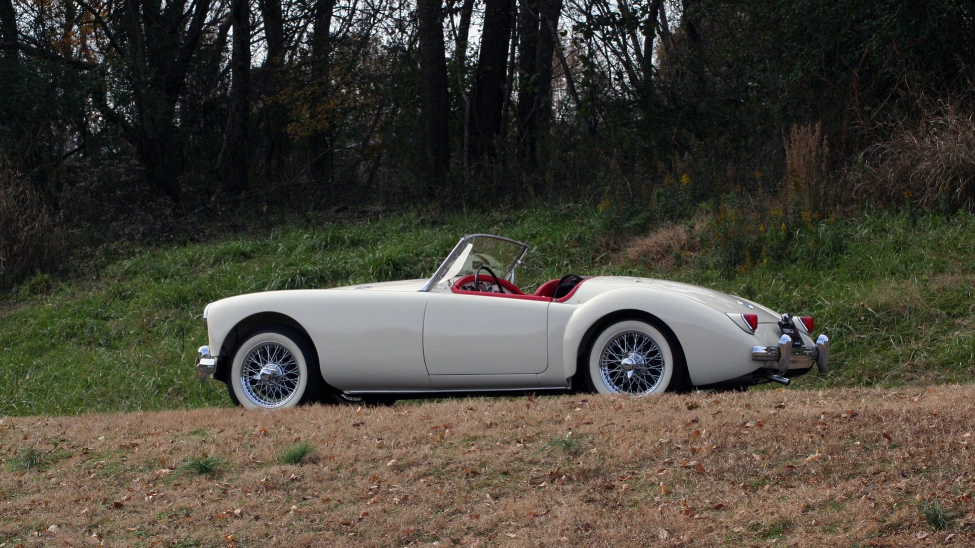 Used 1956 MG A ROADSTER / 4-SPD MAN / FULLY RESTORED / ALL NEW for sale $33,950 at Formula Imports in Charlotte NC 28227 6