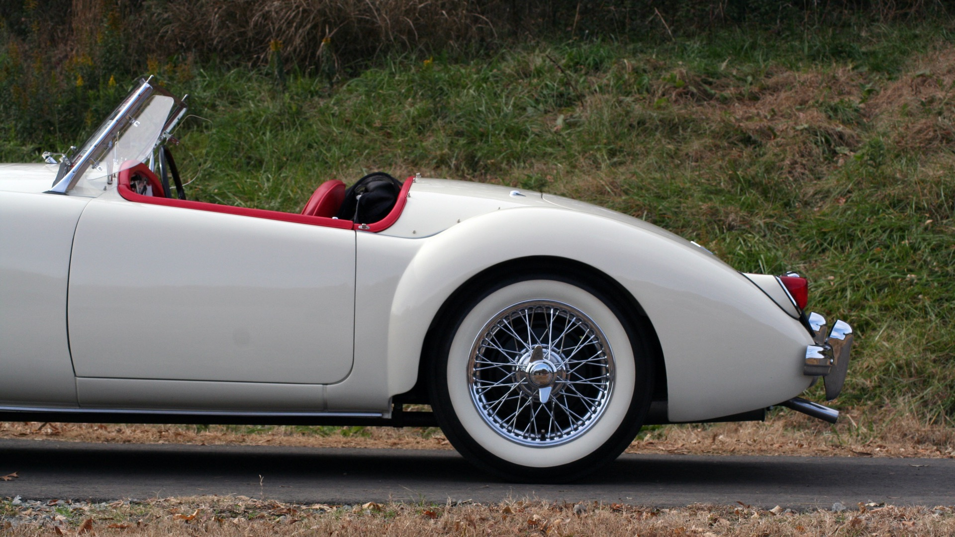 Used 1956 MG A ROADSTER / 4-SPD MAN / FULLY RESTORED / ALL NEW / SHOWROOM CONDITION for sale Sold at Formula Imports in Charlotte NC 28227 8