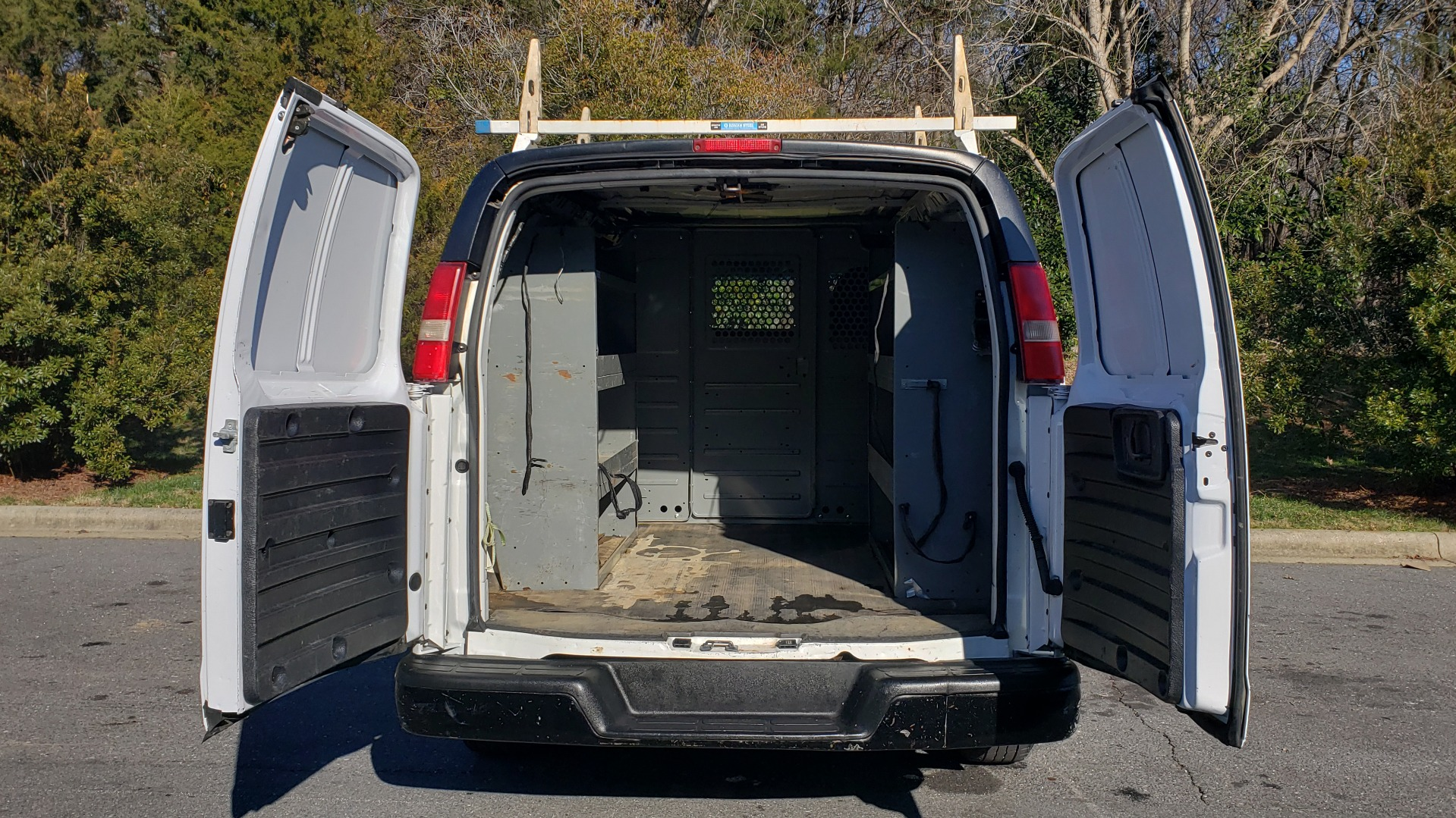 Used 2012 Chevrolet EXPRESS WORK VAN 1500 / 135 WB / 4.3L V6 / 4-SPD AUTO / ROOF RACK for sale $11,600 at Formula Imports in Charlotte NC 28227 23