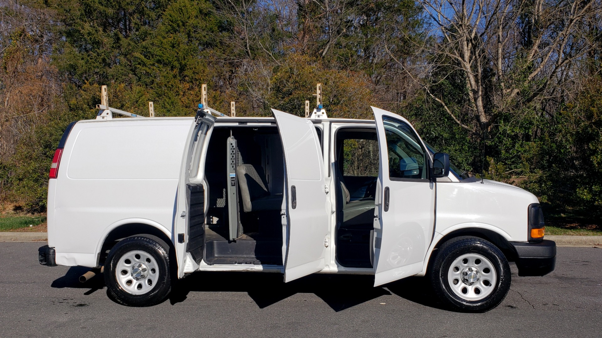 Used 2012 Chevrolet EXPRESS WORK VAN 1500 / 135 WB / 4.3L V6 / 4-SPD AUTO / ROOF RACK for sale $11,600 at Formula Imports in Charlotte NC 28227 8