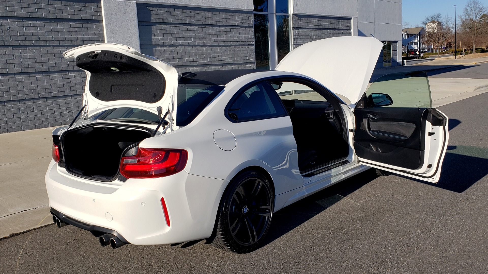 Used 2017 BMW M2 COUPE / MANUAL / EXEC PKG / NAV / WIFI / PDC / REARVIEW for sale Sold at Formula Imports in Charlotte NC 28227 16