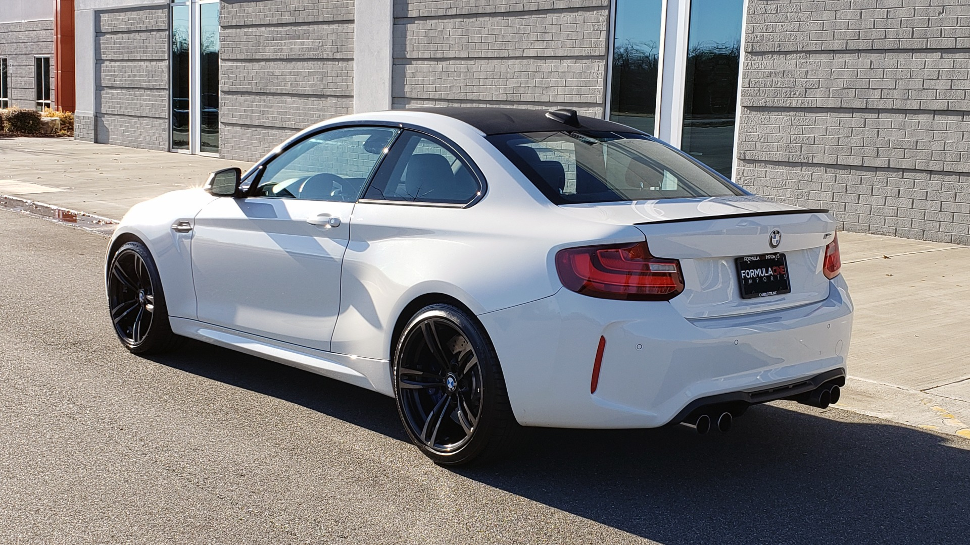 Used 2017 BMW M2 COUPE / MANUAL / EXEC PKG / NAV / WIFI / PDC / REARVIEW for sale Sold at Formula Imports in Charlotte NC 28227 4