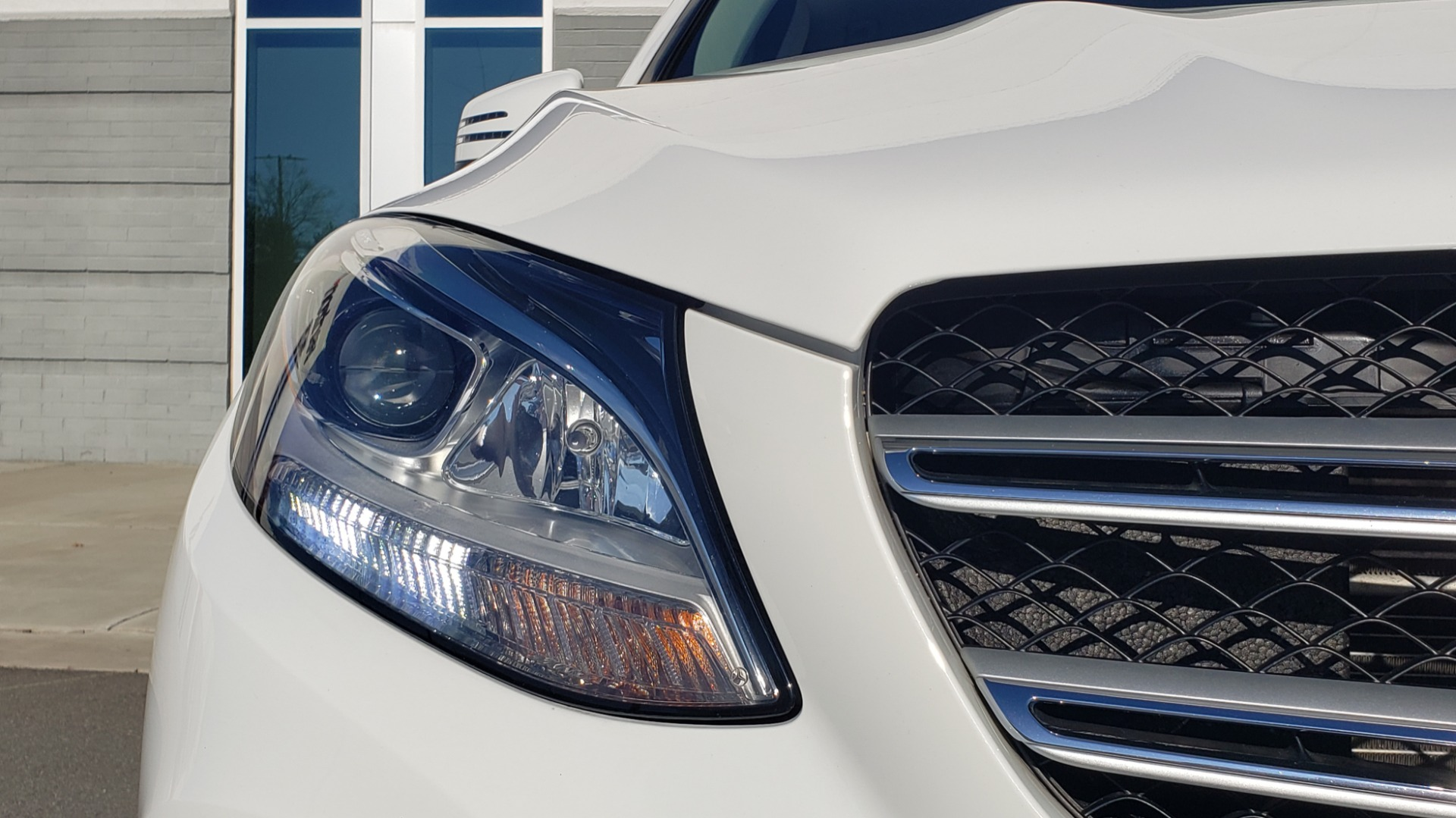 Used 2018 Mercedes-Benz GLE 350 4MATIC PREMIUM / NAV / H/K SOUND / REARVIEW for sale Sold at Formula Imports in Charlotte NC 28227 17
