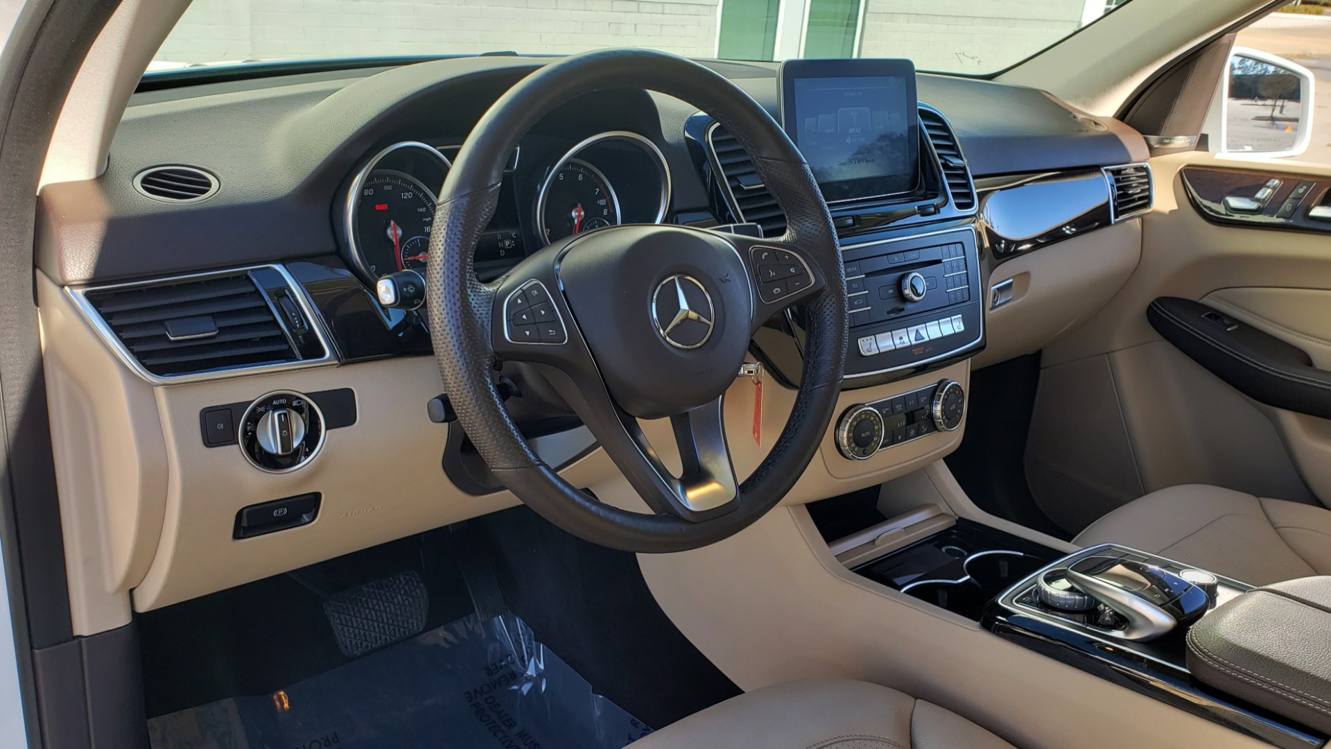 Used 2018 Mercedes-Benz GLE 350 4MATIC PREMIUM / NAV / H/K SOUND / REARVIEW for sale Sold at Formula Imports in Charlotte NC 28227 33