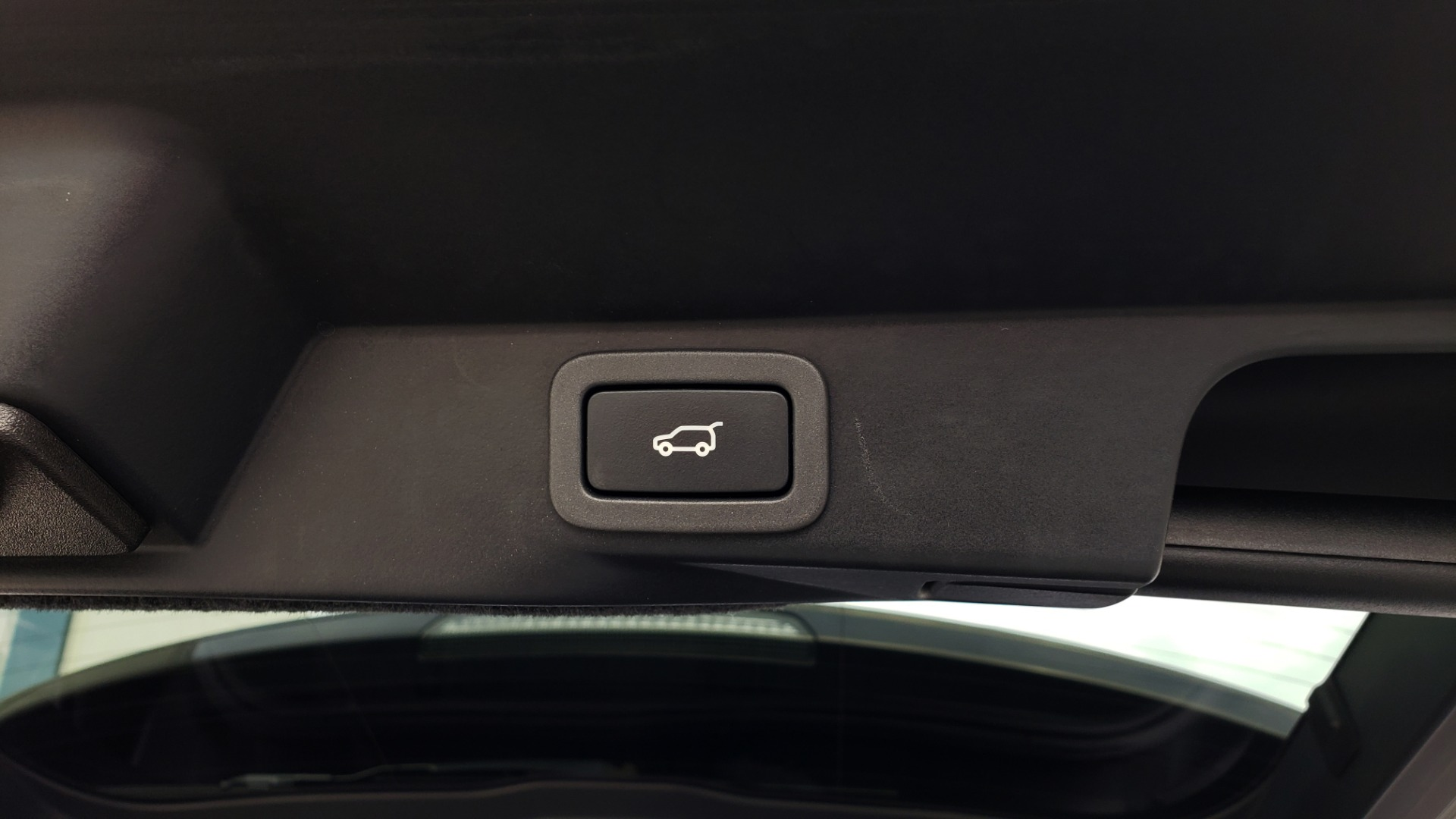 Used 2017 Land Rover RANGE ROVER SPORT HSE DYNAMIC / SC V6 / NAV / MERIDIAN / PANO-ROOF / REARVIEW for sale Sold at Formula Imports in Charlotte NC 28227 122