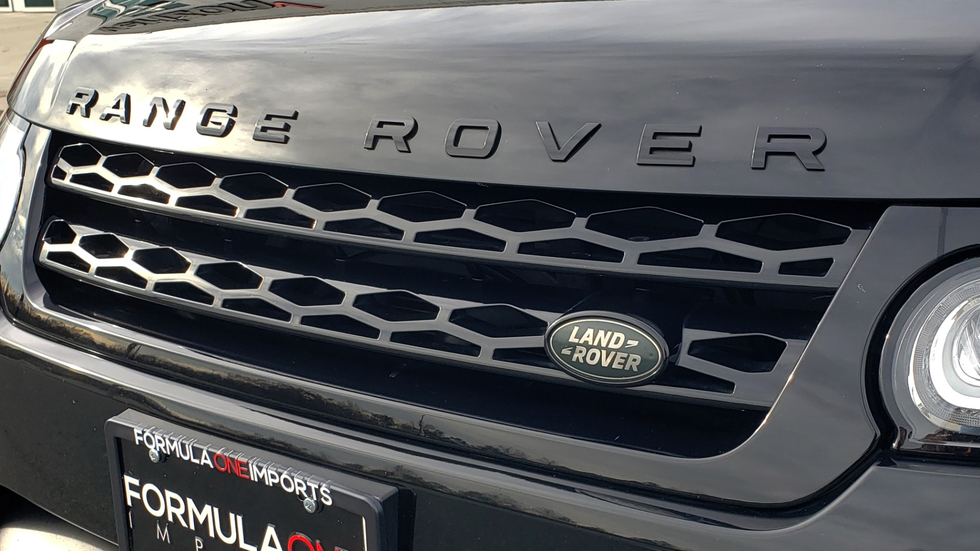 Used 2017 Land Rover RANGE ROVER SPORT HSE DYNAMIC / SC V6 / NAV / MERIDIAN / PANO-ROOF / REARVIEW for sale Sold at Formula Imports in Charlotte NC 28227 126
