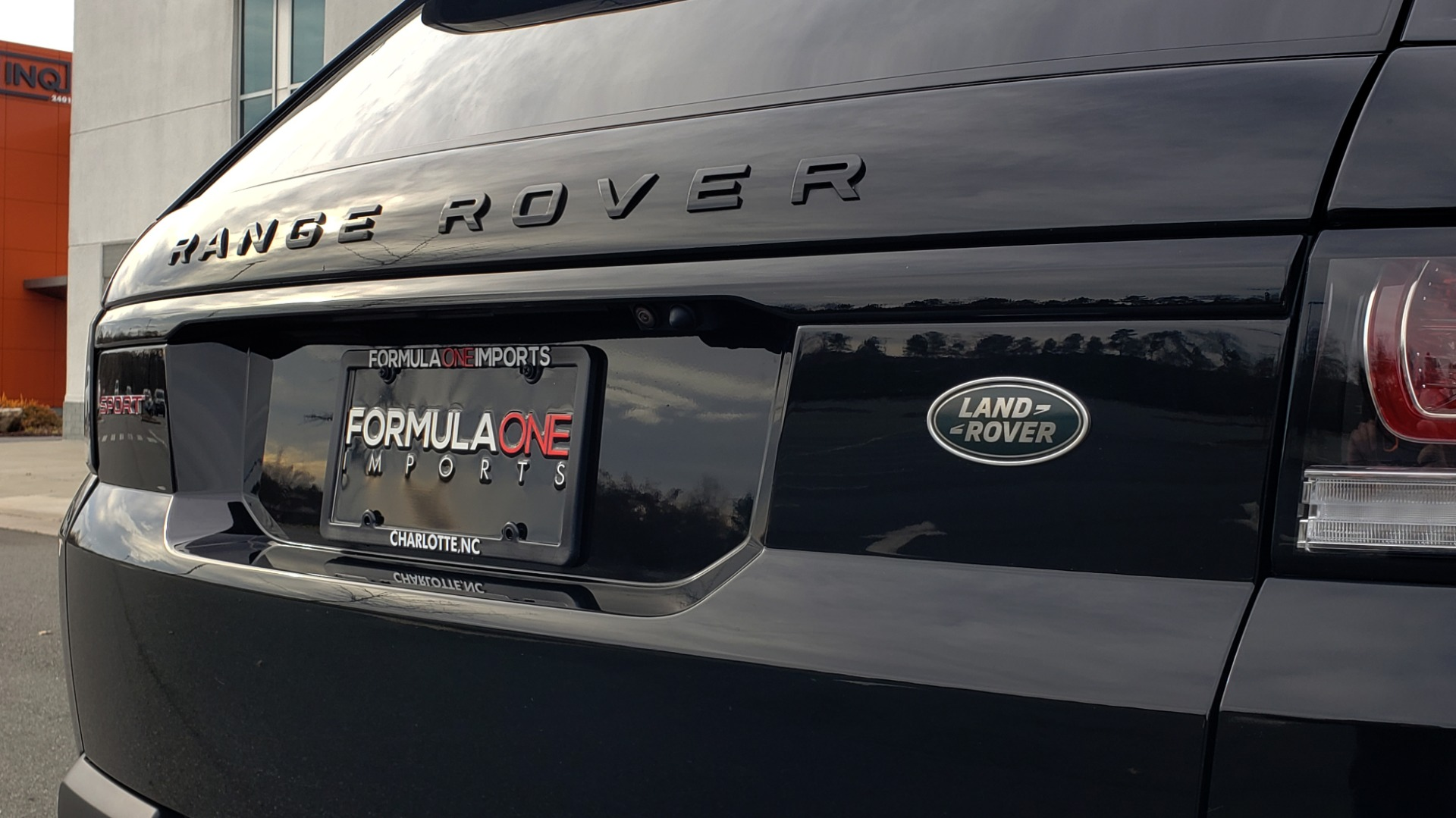Used 2017 Land Rover RANGE ROVER SPORT HSE DYNAMIC / SC V6 / NAV / MERIDIAN / PANO-ROOF / REARVIEW for sale Sold at Formula Imports in Charlotte NC 28227 132