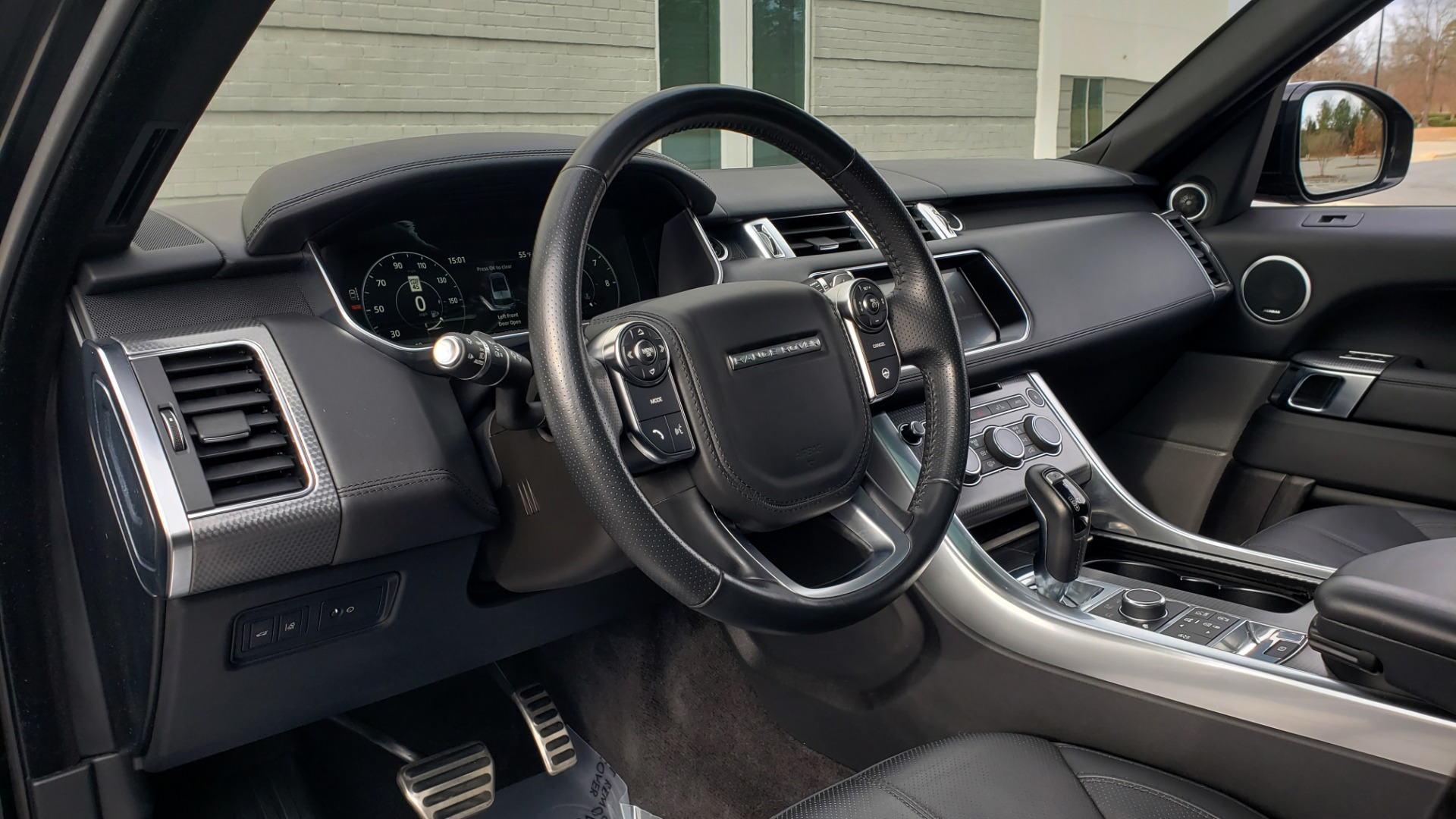 Used 2017 Land Rover RANGE ROVER SPORT HSE DYNAMIC / SC V6 / NAV / MERIDIAN / PANO-ROOF / REARVIEW for sale Sold at Formula Imports in Charlotte NC 28227 40