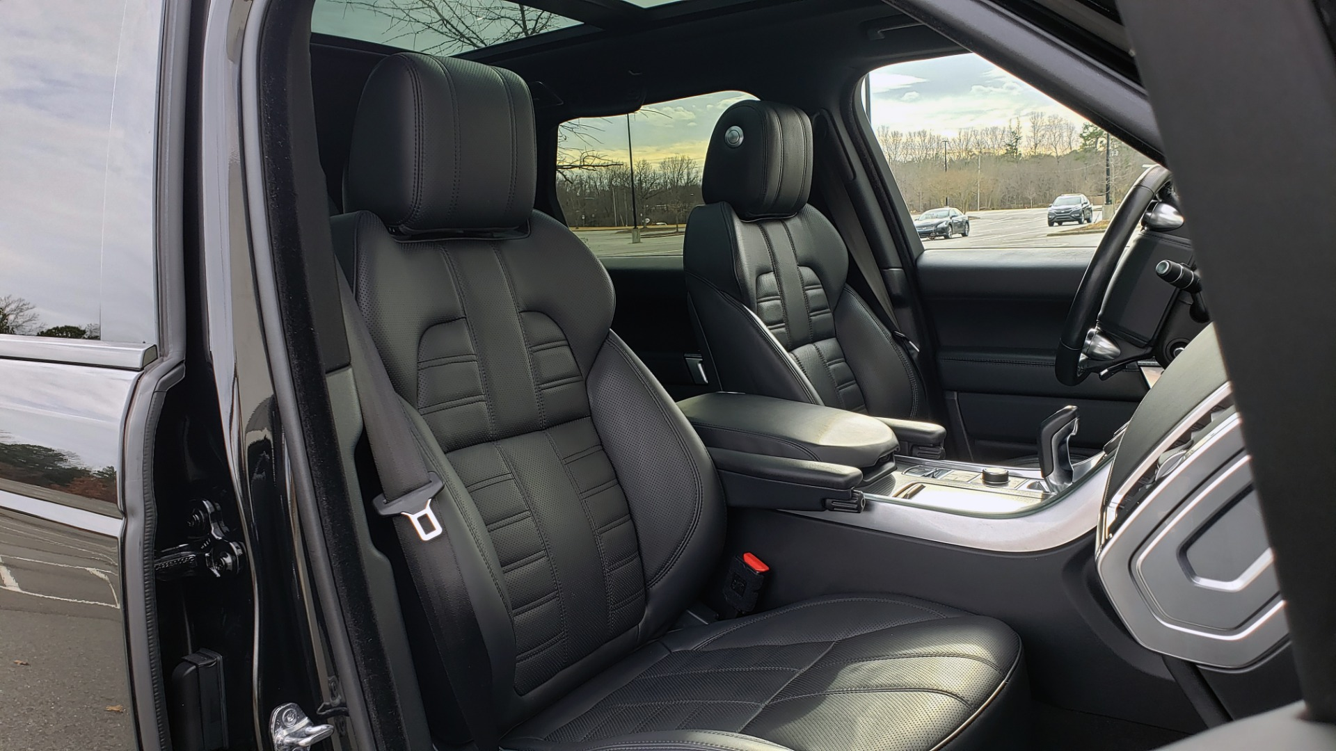 Used 2017 Land Rover RANGE ROVER SPORT HSE DYNAMIC / SC V6 / NAV / MERIDIAN / PANO-ROOF / REARVIEW for sale Sold at Formula Imports in Charlotte NC 28227 74