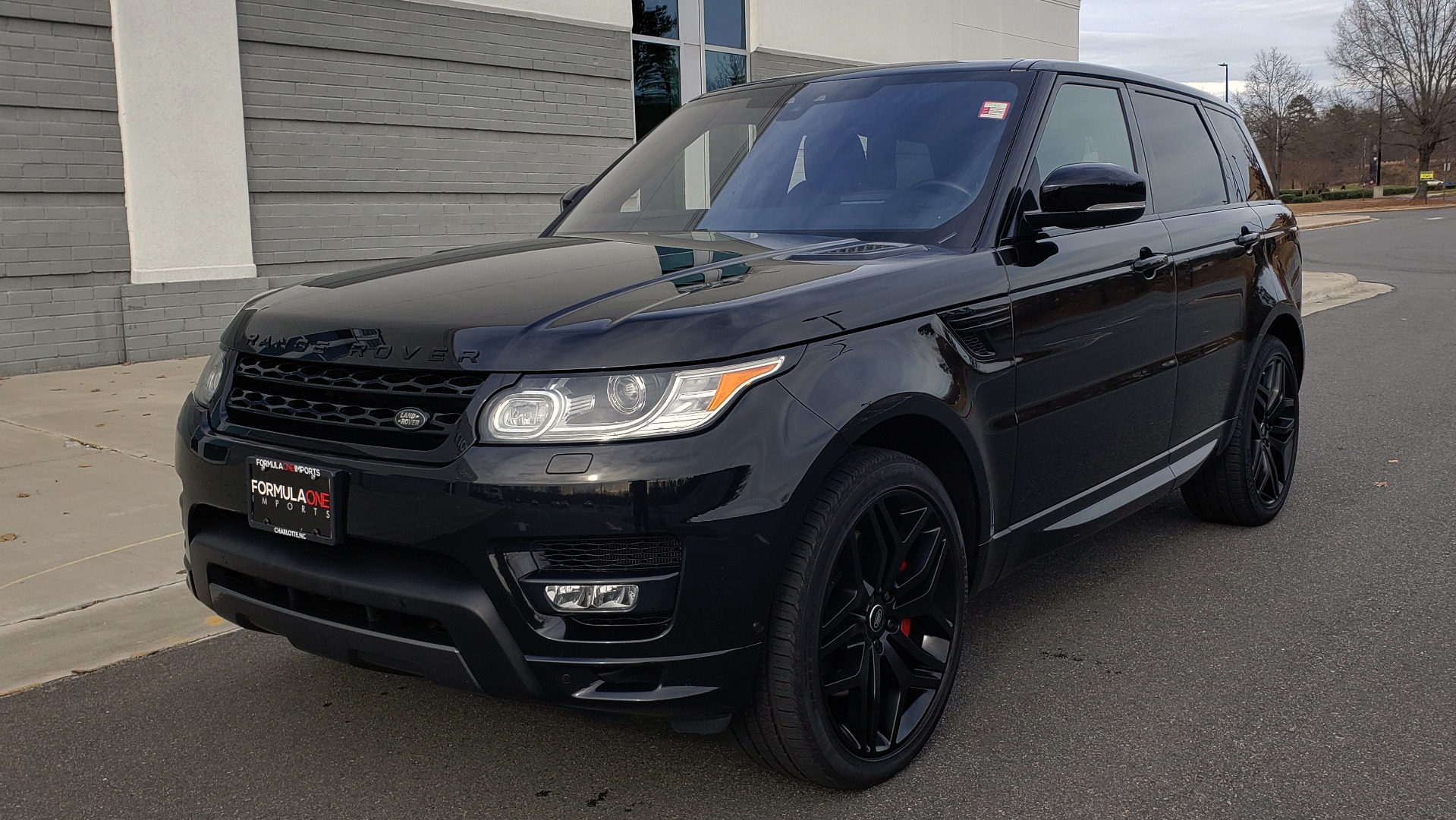 Used 2017 Land Rover RANGE ROVER SPORT HSE DYNAMIC / SC V6 / for sale $49,995 at Formula Imports in Charlotte NC 28227 1