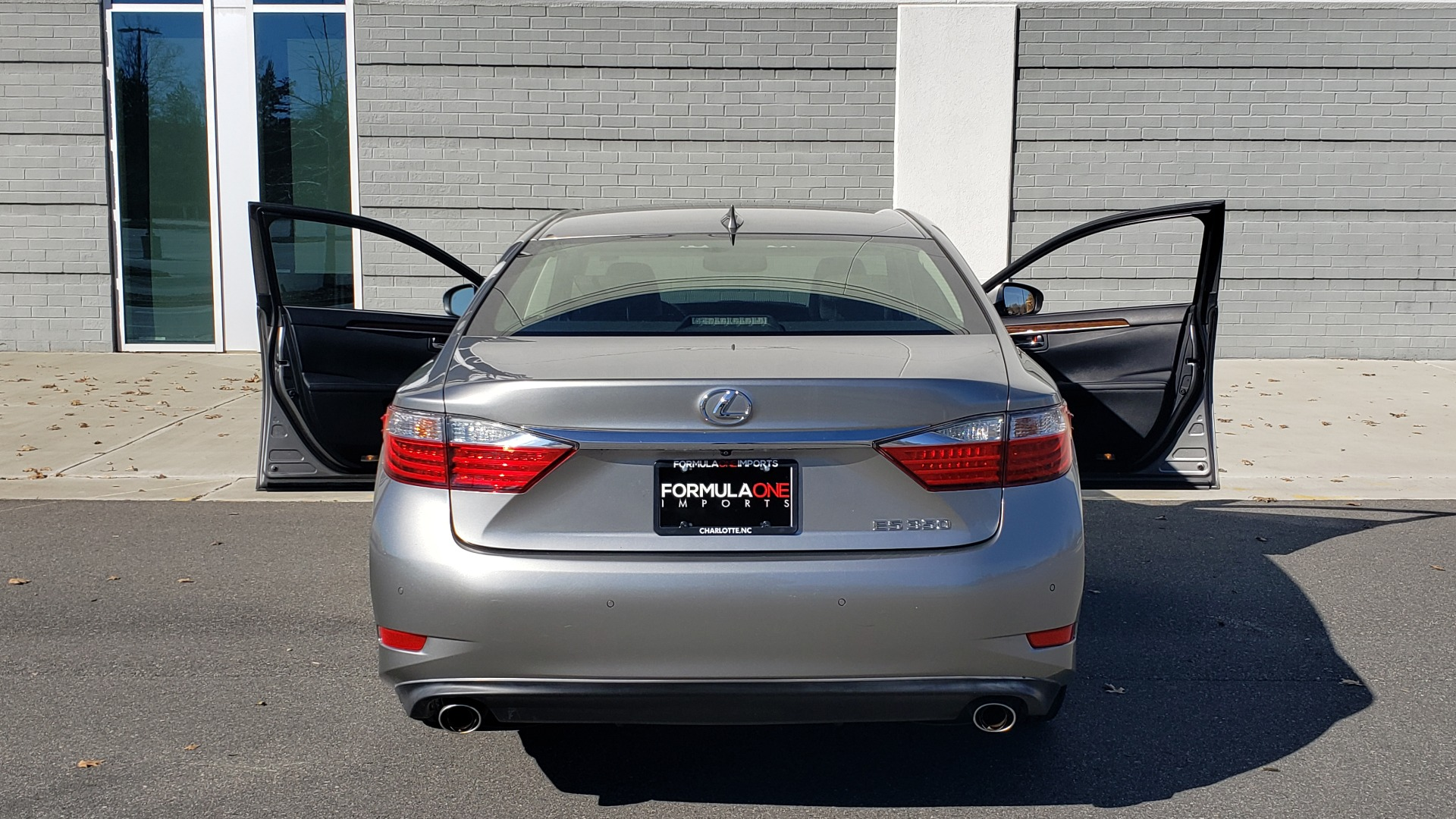 Used 2015 Lexus ES 350 LUXURY PKG / NAV / BSM / LCA / PARK ASSIST / REARVIEW for sale Sold at Formula Imports in Charlotte NC 28227 23