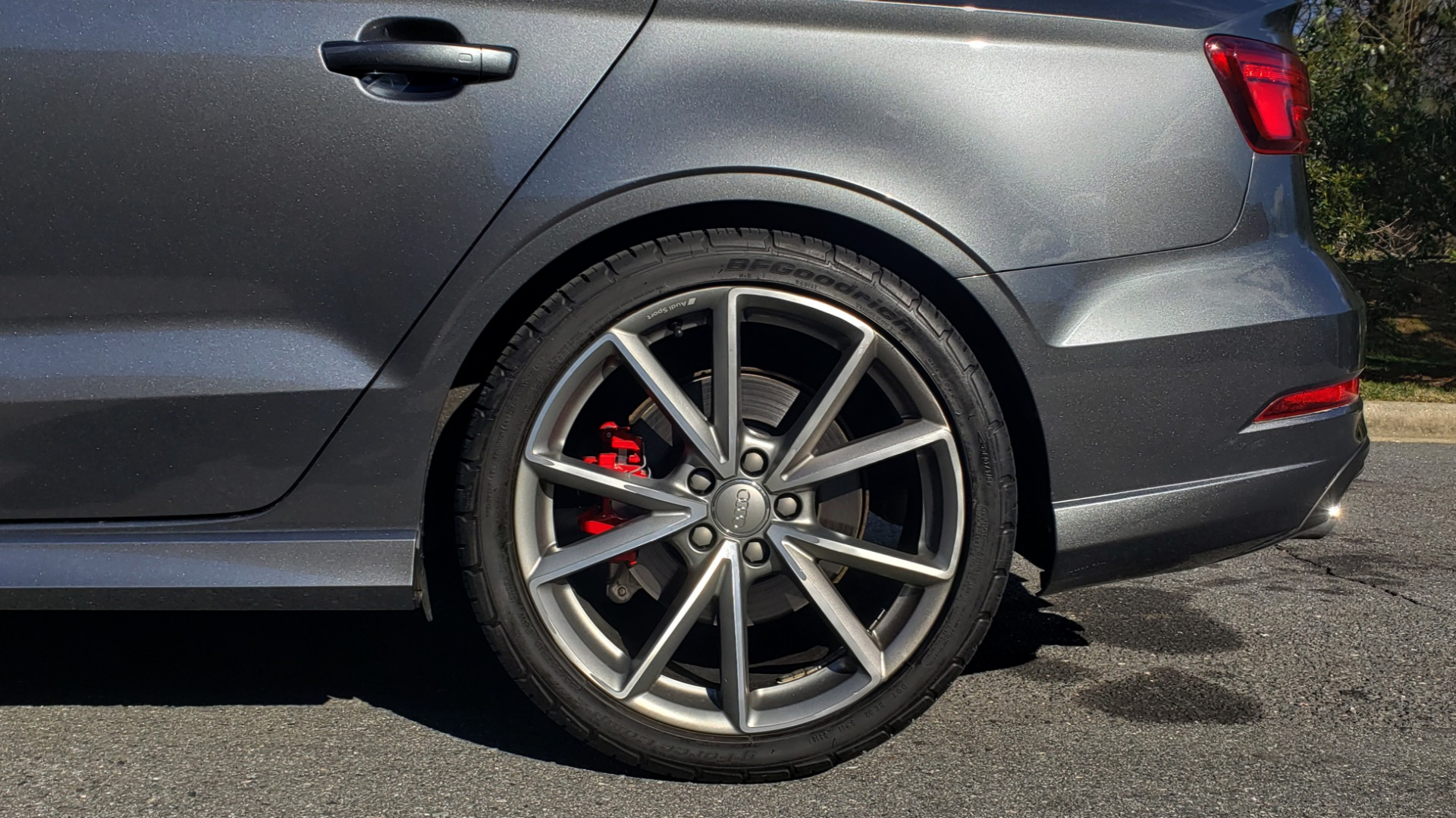 Used 2018 Audi S3 PREMIUM PLUS / TECH / NAV / BLACK OPTIC / S-SPORT / REARVIEW for sale $32,995 at Formula Imports in Charlotte NC 28227 84